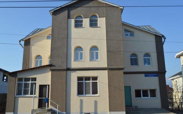 Гостиница Aleksandrovskaya Sloboda вид на фасад