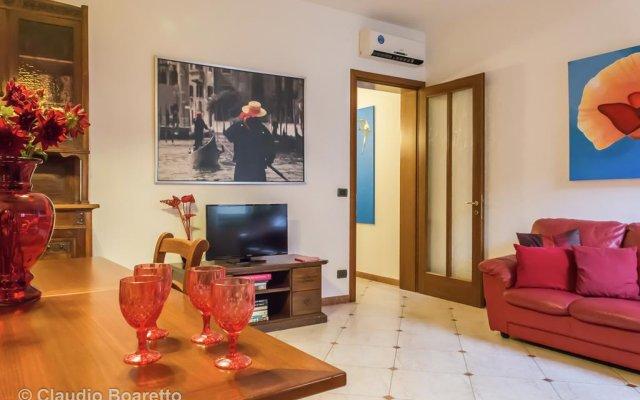 Отель La Gondola Rossa Италия, Венеция - отзывы, цены и фото номеров - забронировать отель La Gondola Rossa онлайн комната для гостей