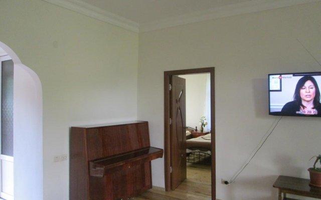 Отель Guest House Artemi Армения, Одзун - отзывы, цены и фото номеров - забронировать отель Guest House Artemi онлайн комната для гостей