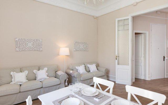 Отель Lumine Luxury Sagrada Familia Барселона комната для гостей