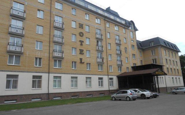 Гостиница Александров вид на фасад