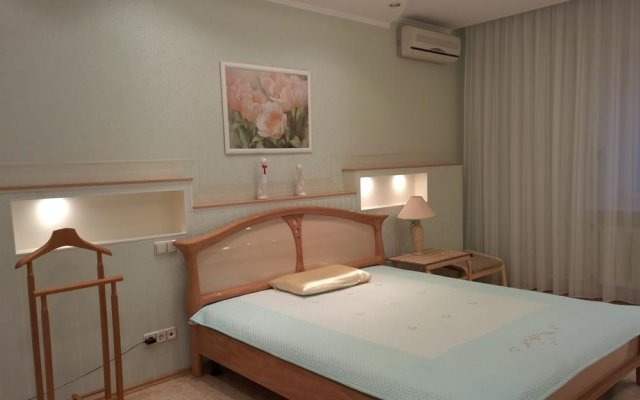 Апартаменты Elena Apartments Solnechnaya комната для гостей