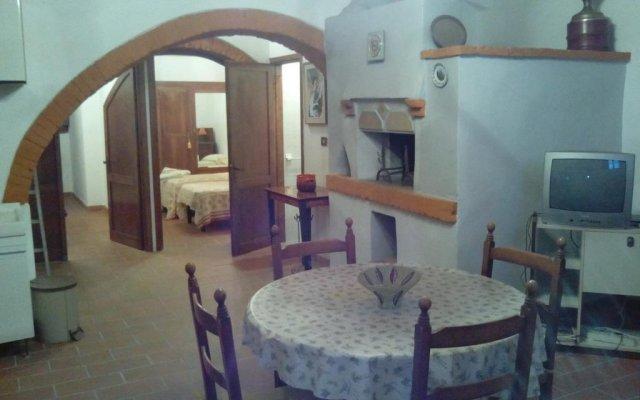 Отель Villa Conte Norci Лари комната для гостей