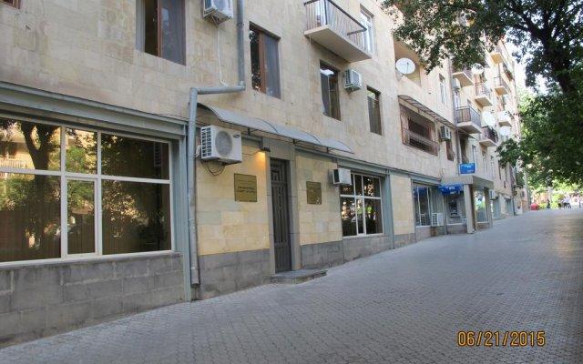Отель Stay In Heart Of Yerevan вид на фасад