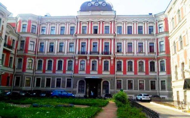 Hostel on Mokhovaya вид на фасад