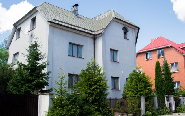 Хостел in Like вид на фасад