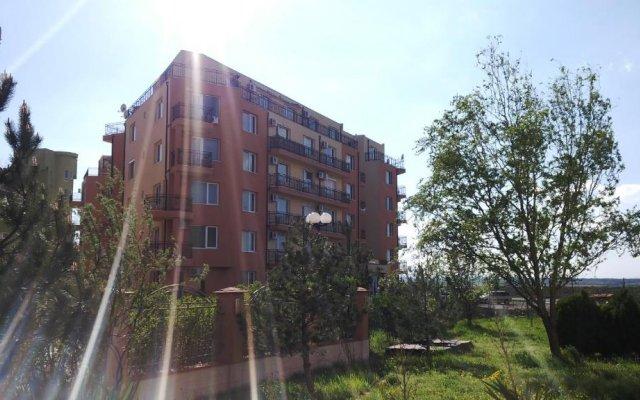 Отель VP Amadeus 19 Болгария, Солнечный берег - отзывы, цены и фото номеров - забронировать отель VP Amadeus 19 онлайн вид на фасад