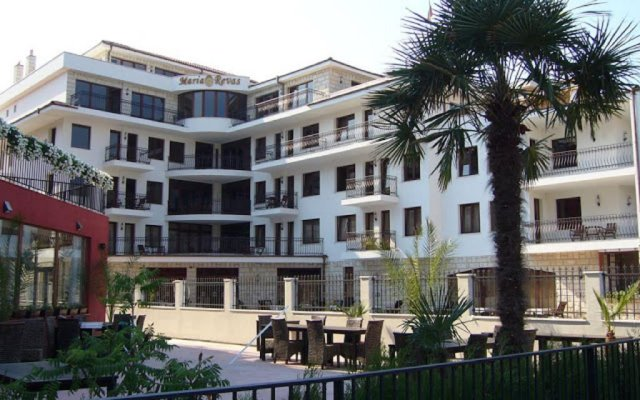 Отель Villa Maria Revas Болгария, Солнечный берег - отзывы, цены и фото номеров - забронировать отель Villa Maria Revas онлайн вид на фасад