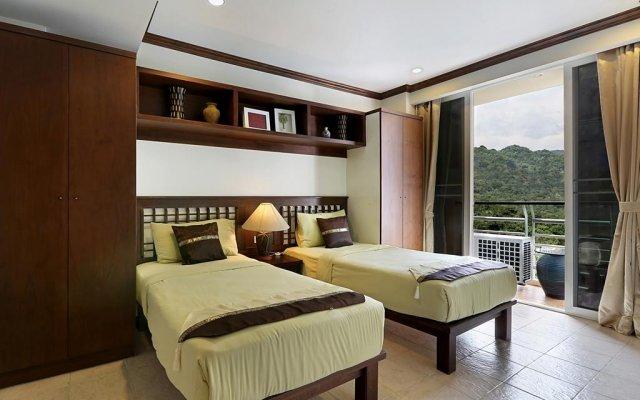 Апартаменты Karon View Apartments комната для гостей
