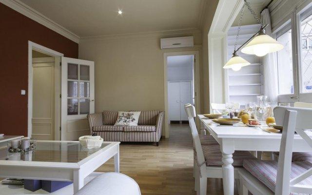 Апартаменты Sagrada Familia Apartments комната для гостей