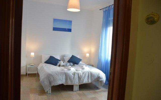 Отель B&B In Villa Чивитанова-Марке комната для гостей