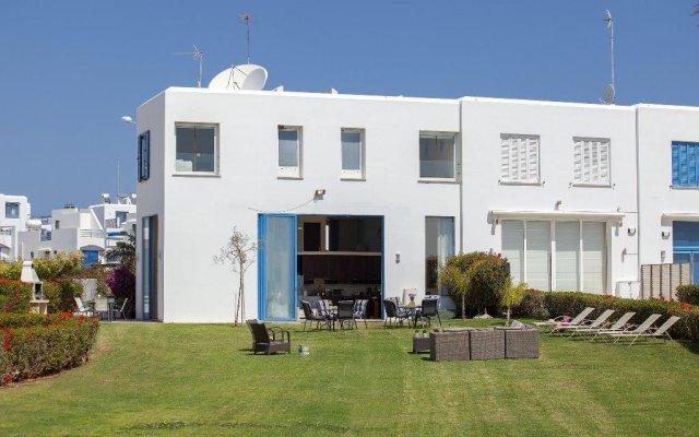 Отель Infinity Villa вид на фасад