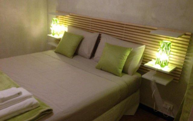 Отель Piazzetta del Mercato Генуя комната для гостей