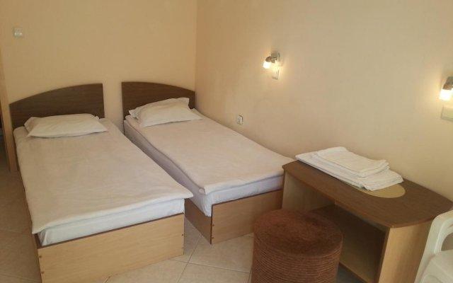 Отель Kamelia Garden Солнечный берег комната для гостей