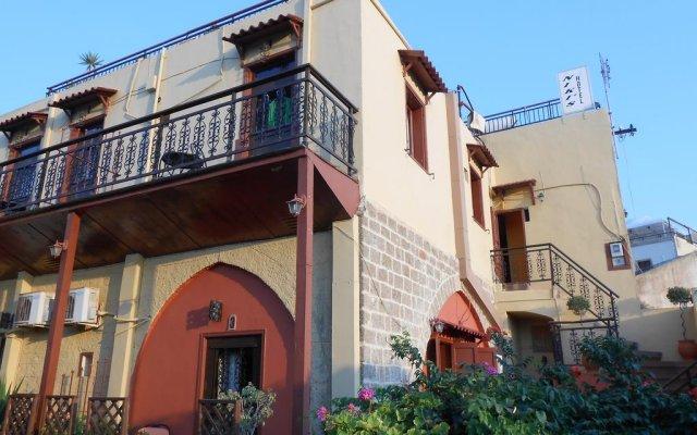 Отель Niki's Pension Родос вид на фасад