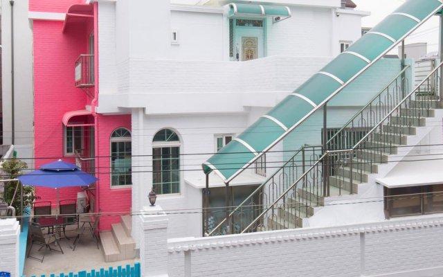 Отель Stay Now Guest House Hongdae вид на фасад