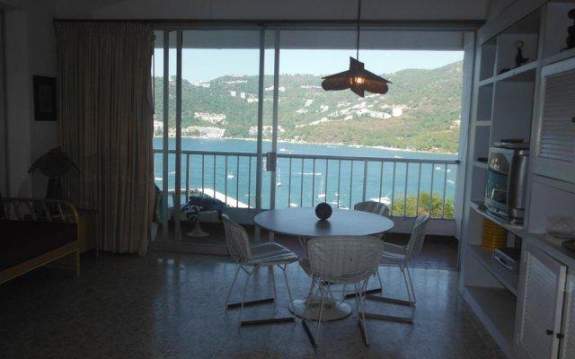Отель Condominio Torre Blanca Acapulco комната для гостей
