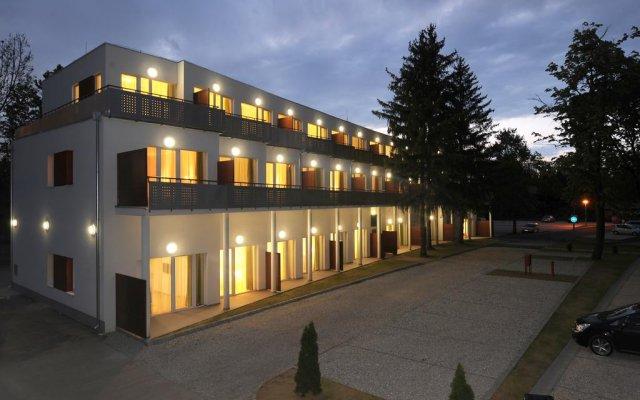 Hunguest Hotel Béke вид на фасад