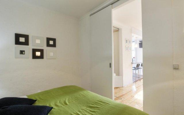 Отель BmyGuest - Castelo Stylish Flat комната для гостей