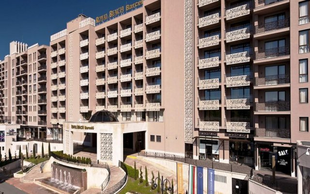 Отель Menada Apartments in Royal Beach Болгария, Солнечный берег - отзывы, цены и фото номеров - забронировать отель Menada Apartments in Royal Beach онлайн вид на фасад