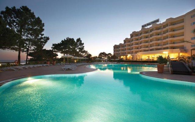 Отель PortoBay Falésia Португалия, Албуфейра - 1 отзыв об отеле, цены и фото номеров - забронировать отель PortoBay Falésia онлайн бассейн