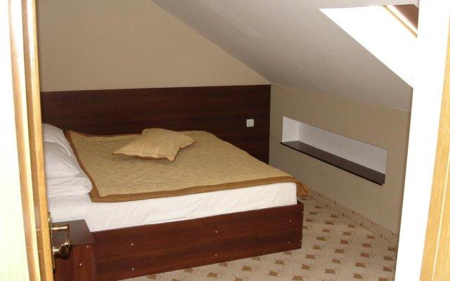 Апартаменты Chernivtsi Apartments Бояны комната для гостей