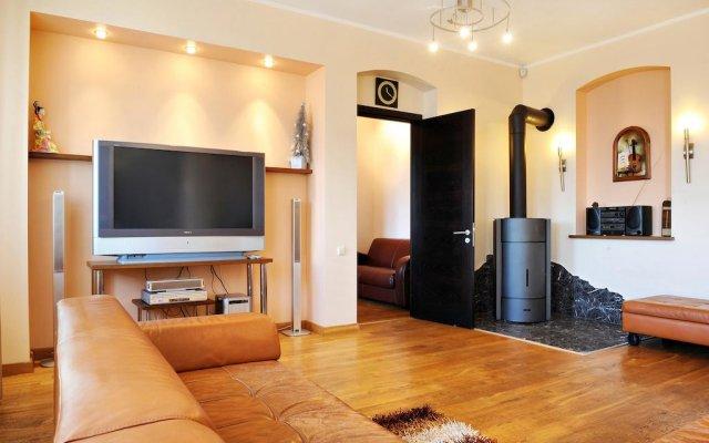 Апартаменты Raina Lux Apartment комната для гостей