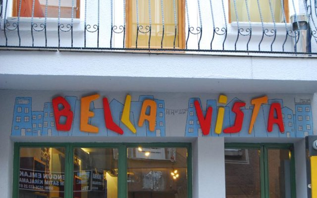 Vegan Bella Vista Hostel вид на фасад