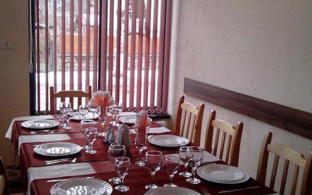 Отель Advel Guest House Болгария, Боровец - отзывы, цены и фото номеров - забронировать отель Advel Guest House онлайн помещение для мероприятий