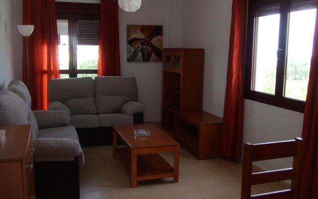 Отель Apartamentos Turísticos San Vicente Испания, Кониль-де-ла-Фронтера - отзывы, цены и фото номеров - забронировать отель Apartamentos Turísticos San Vicente онлайн комната для гостей