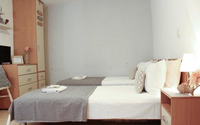 Отель Studios Charming комната для гостей