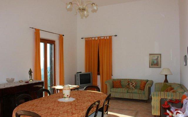 Отель L'Infinito комната для гостей