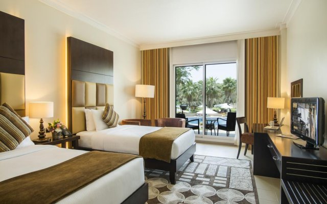 Millennium Central Mafraq Hotel 0