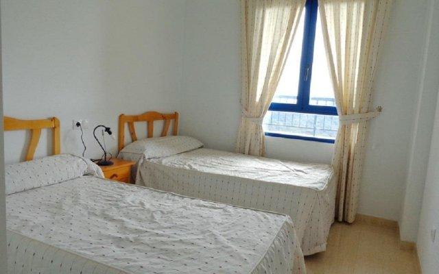 Отель Kvartira v Kampoamor комната для гостей