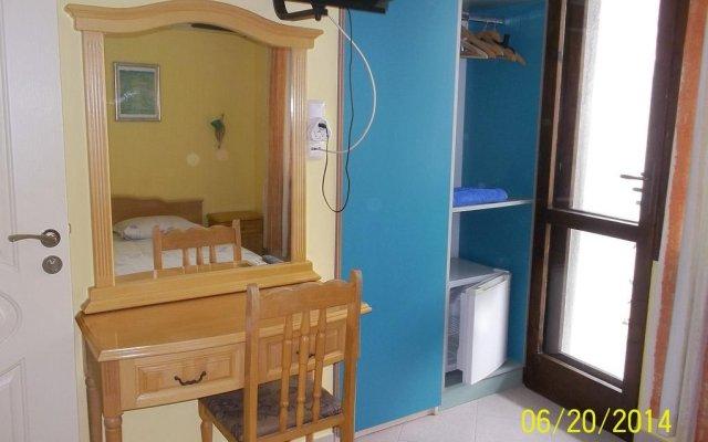 Отель Guest House Mano Болгария, Кранево - отзывы, цены и фото номеров - забронировать отель Guest House Mano онлайн комната для гостей