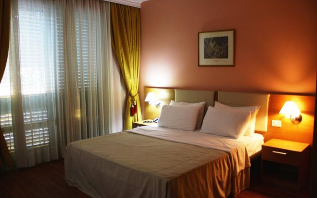 Albanian Star Hotel 1