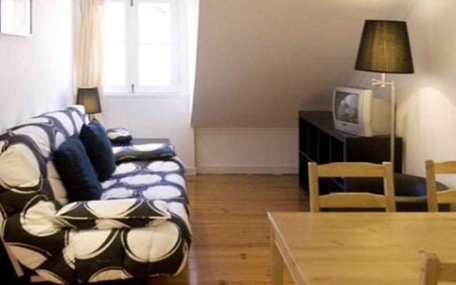 Отель Rent4days Oliveirinha Apartments Португалия, Лиссабон - отзывы, цены и фото номеров - забронировать отель Rent4days Oliveirinha Apartments онлайн комната для гостей