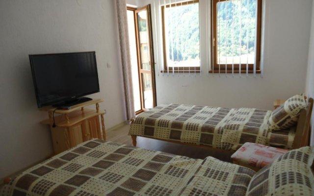 Отель Guesthouse Kadishevi Чепеларе комната для гостей
