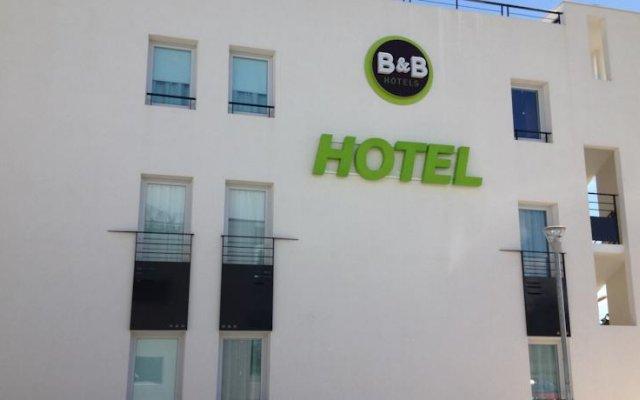 Отель B&B Hôtel CANNES Ouest La Bocca вид на фасад