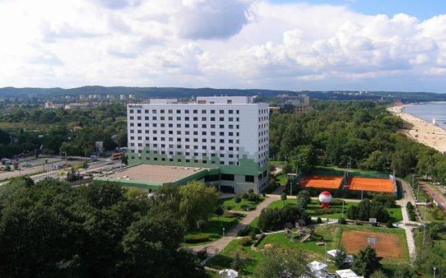 Отель Novotel Gdansk Marina вид на фасад