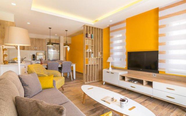 Отель Central Suite Kalkan Калкан комната для гостей