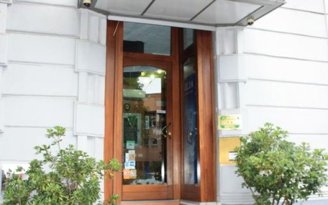 Hotel Aurelia вид на фасад