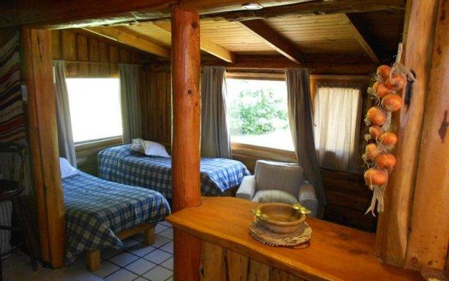 Отель Eluney Cabañas комната для гостей
