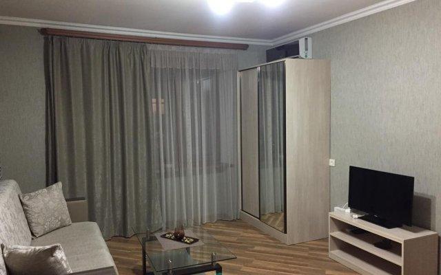 Отель Holiday Home On Komitas комната для гостей