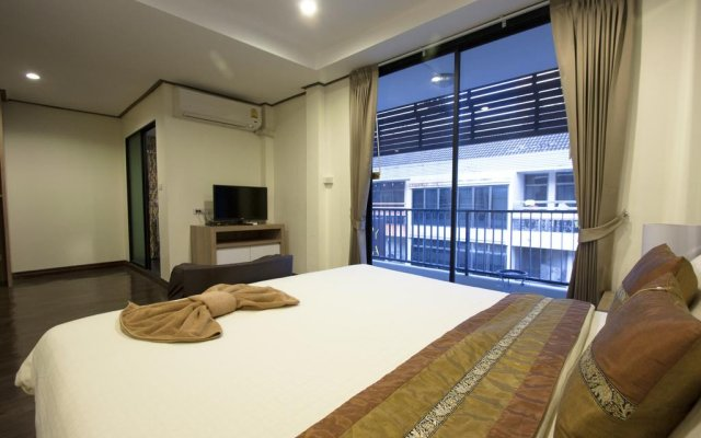 Отель Yasinee Guesthouse Бангкок комната для гостей