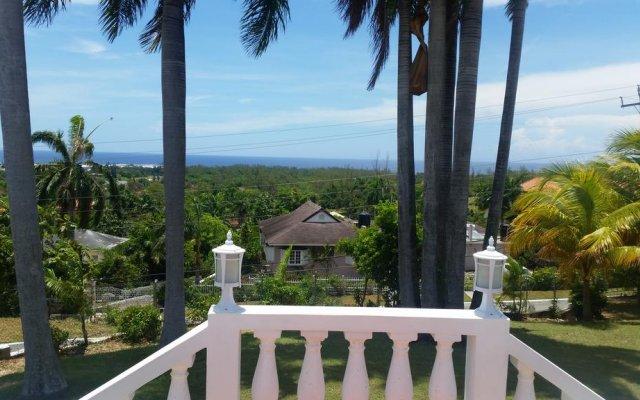 Отель The Retreat @ A Piece Of Paradise Ямайка, Монтего-Бей - отзывы, цены и фото номеров - забронировать отель The Retreat @ A Piece Of Paradise онлайн балкон