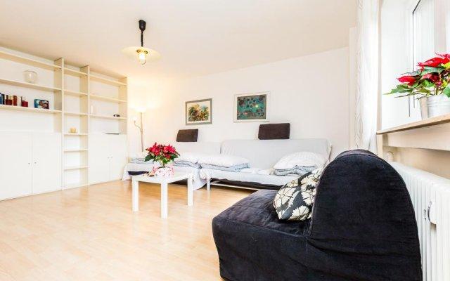 Апартаменты Apartments Köln Neubrück Кёльн комната для гостей