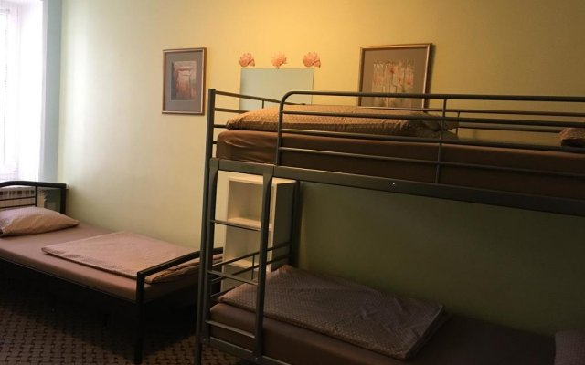 Отель Hostelgate Privates комната для гостей
