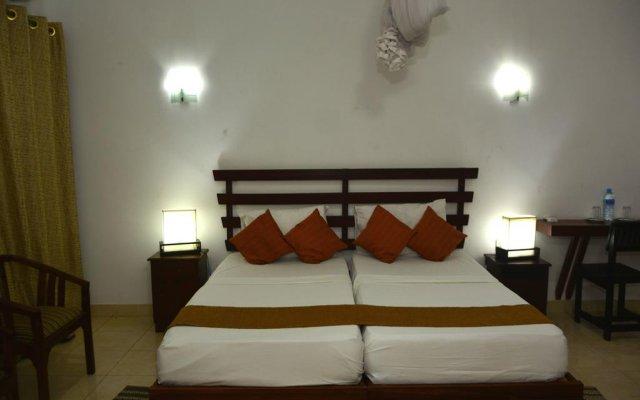 Rainbow Beach Hotel комната для гостей