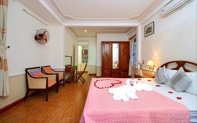 Отель Family House комната для гостей